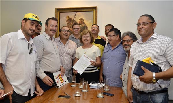 Pres.ALRS-Dep.Silvana Covatti recebe Centrais Sindicais