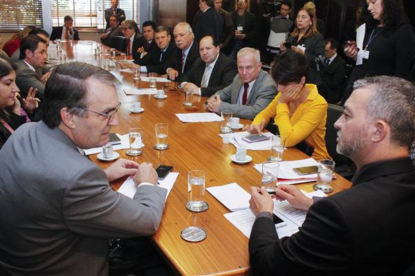 Presidente Edegar Pretto recebe reitores de universidades e institutos federais do RS
