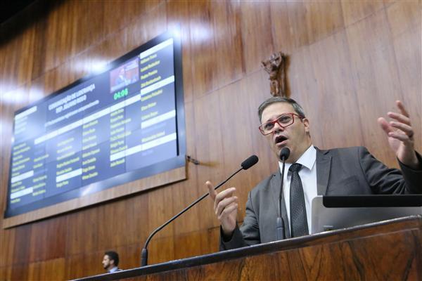 Juliano Roso foi um dos parlamentares que ocuparam a tribuna nesta terça-feira, 10 de abril