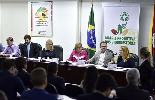 A matriz produtiva do biodigestor foi tema de duas audiências públicas no semestre