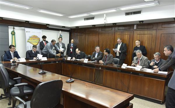 Comissão de Assuntos Municipais tem reunião nesta manhã
