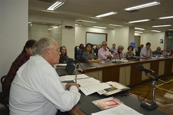 Reunião do GEAD Políticas Públicas para o idoso foi conduzida por Lélio Falcão (E)