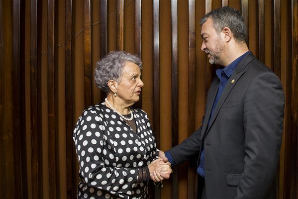 Ex-ministra receberá Medalha proposta pelo deputado Edegar Pretto