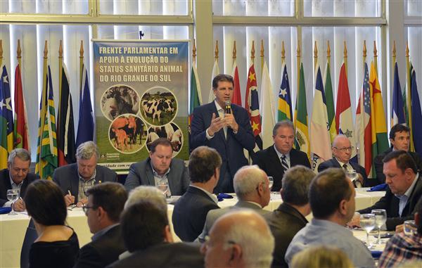 Frente Parlamentar de Apoio à Evolução do Status Sanitário Animal foi uma das instaladas