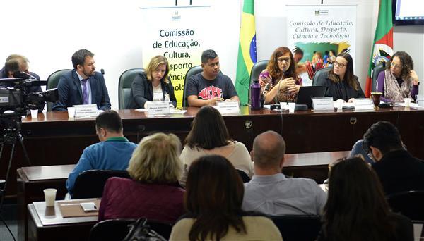 Audiência Pública da Comissão de Educação, Cultura, Desporto, Ciência e Tecnologia