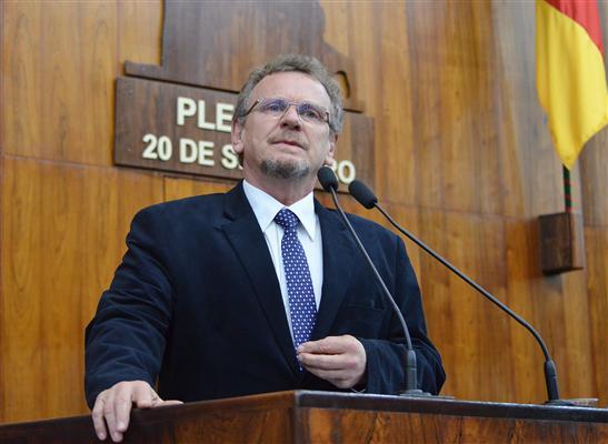 Líder da bancada do PT destacou importância das votações desta tarde