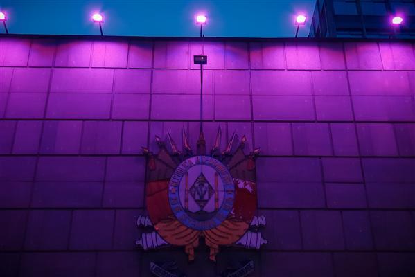 Fachada do Palácio Farroupilha ganha iluminação especial no Outubro Rosa