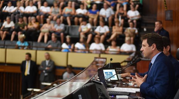 Presidente Ernani Polo anunciou mobilização em pronunciamento na sessão plenária
