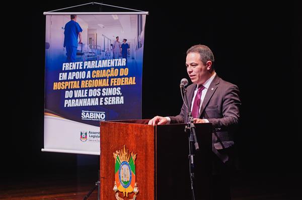 Deputado Elizandro Sabino vai presidir a Frente Parlamentar