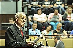 Raul Carrion afirmou estar se afastando da atuação parlamentar, mas não da vida política